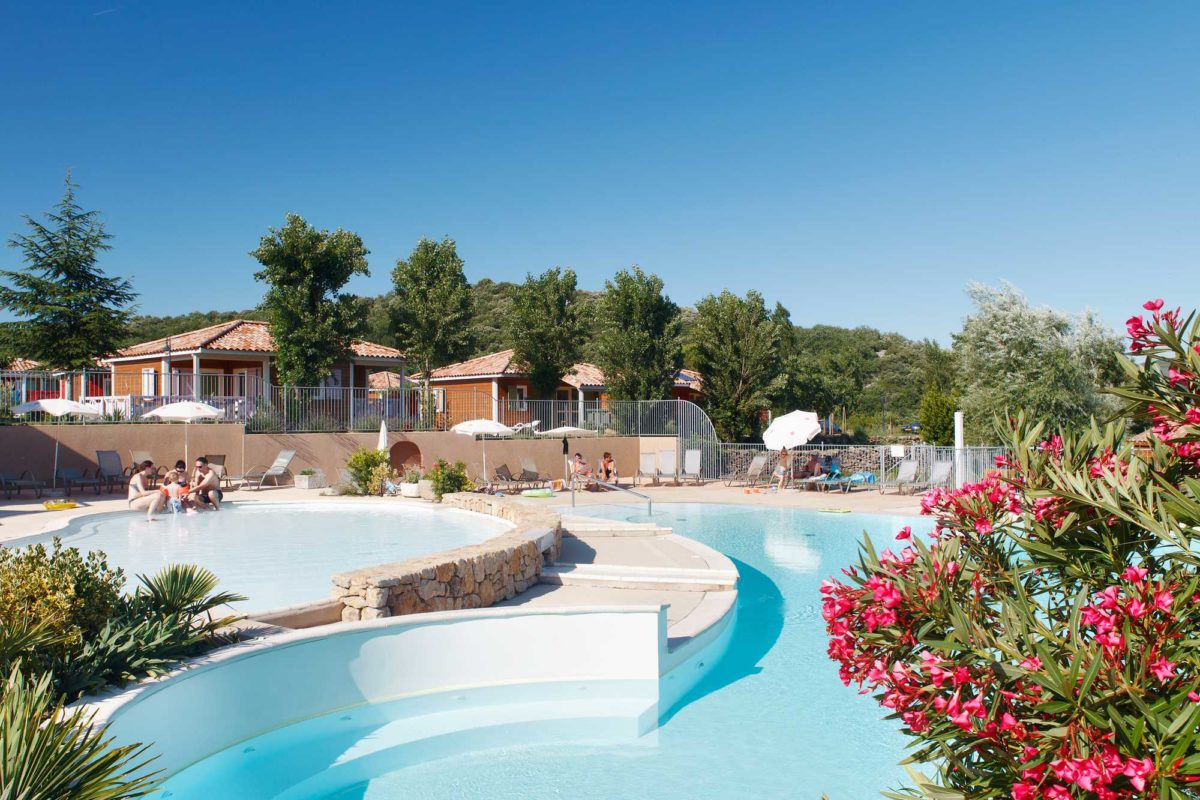 domaine sevenier camping 5 etoiles ardeche piscine galerie photo 5 1200x800 - Swimming pool