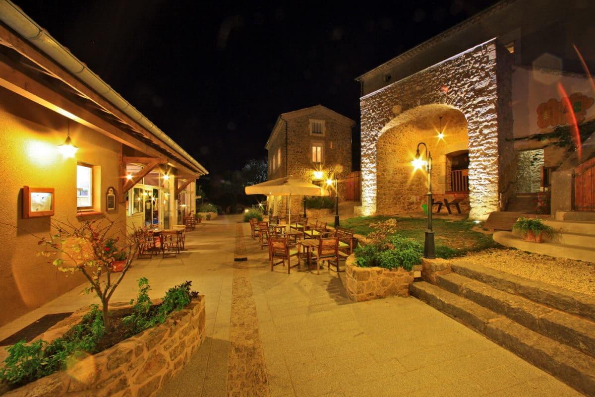 domaine sevenier camping 5 etoiles ardeche restaurant galerie photo15 1200x800 - Gallery