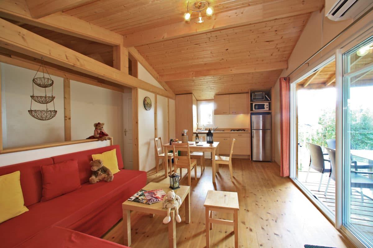 domaine sevenier camping location vacance en ardeche chalet chene vert 12 1200x800 - Gallery