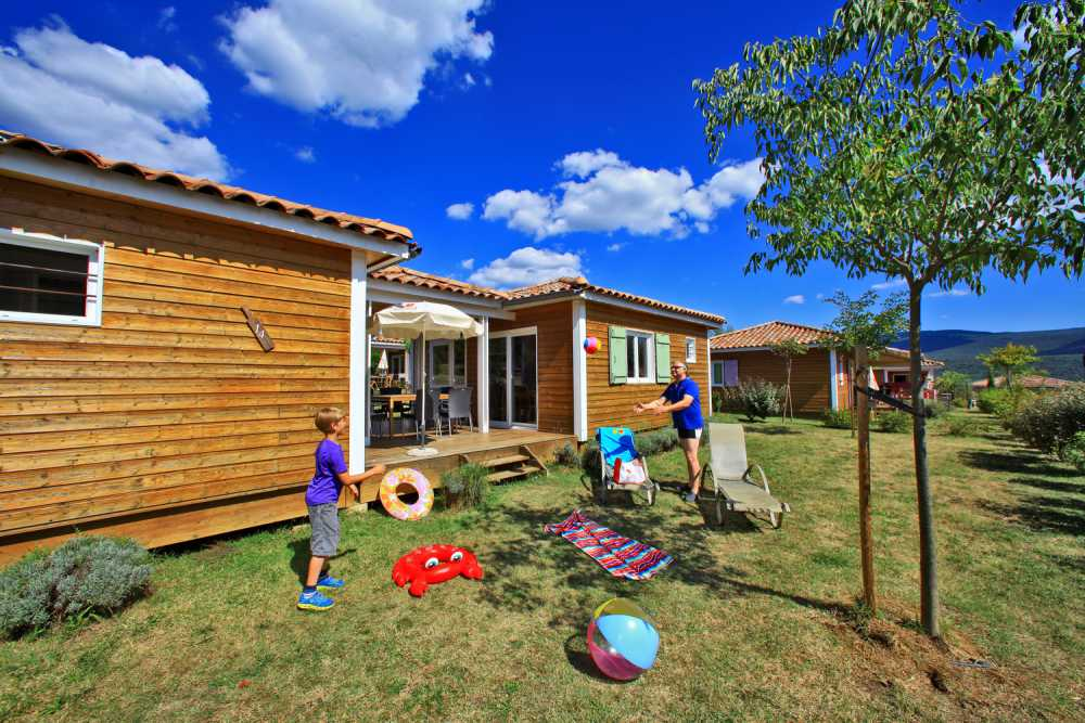 domaine sevenier camping location vacance en ardeche chalet frene 1 - Gallery