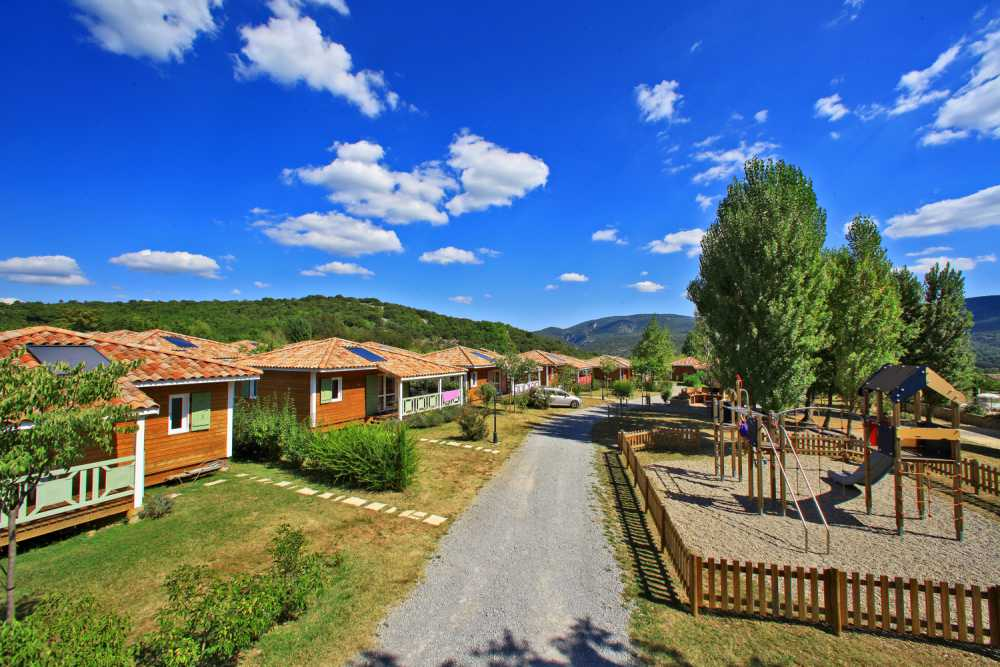 domaine sevenier camping location vacance en ardeche chalet micoucoulier 4 - Gallery