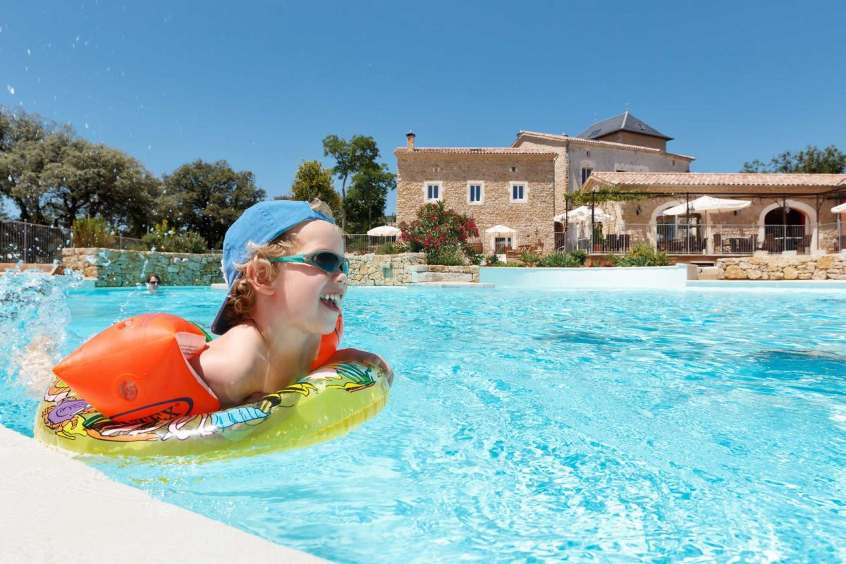 domaine sevenier camping 5 etoiles ardeche piscine galerie photo 6 1200x800 - Swimming pool