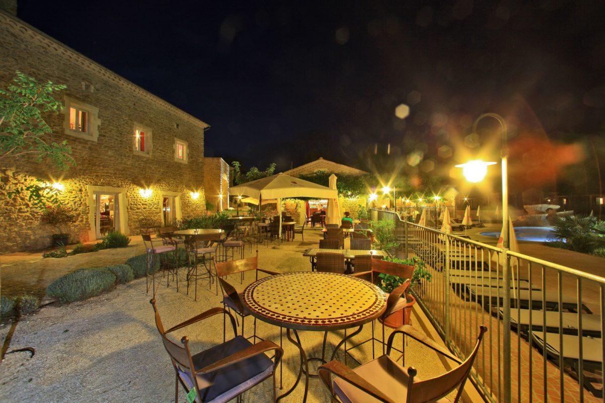 domaine sevenier camping 5 etoiles ardeche restaurant galerie photo4 1200x800 - Gallery