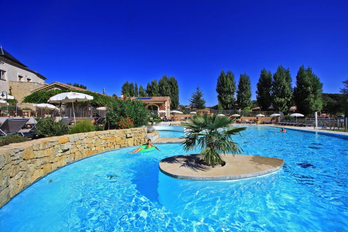 domaine sevenier camping 5 etoiles ardeche piscine galerie photo 12 1200x800 - Swimming pool