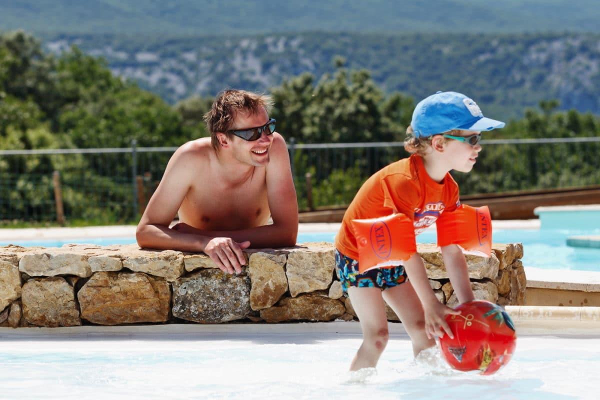 domaine sevenier camping 5 etoiles ardeche piscine galerie photo 17 1200x800 - Swimming pool