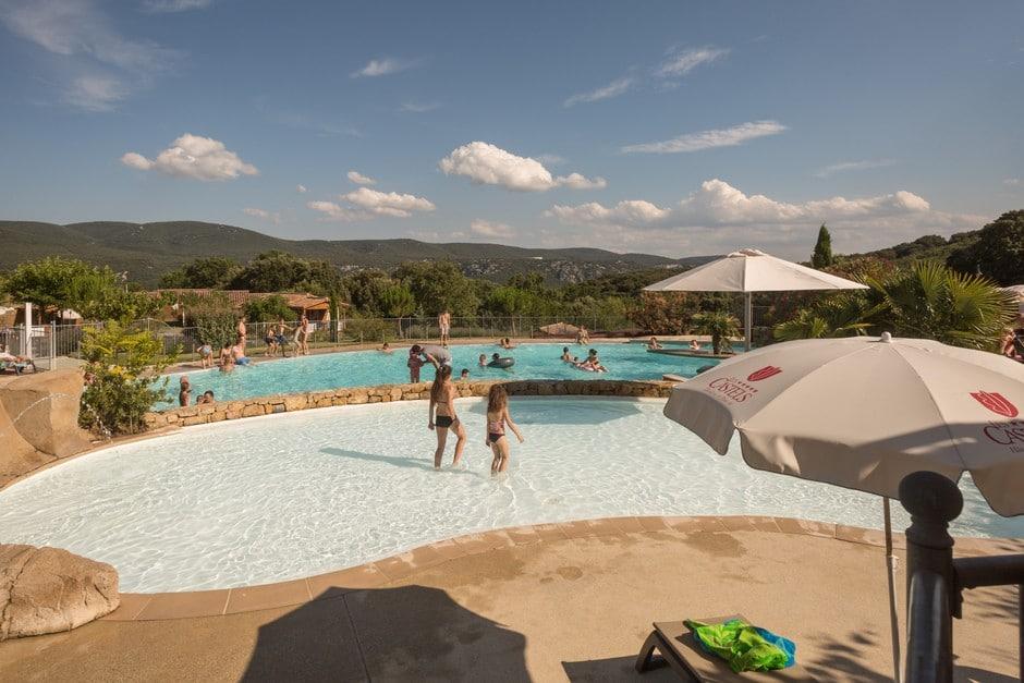 panorama piscine chauffée Ardèche
