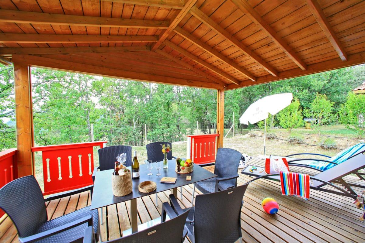 domaine sevenier camping location vacance en ardeche chalet chene vert 14 1200x800 - Gallery