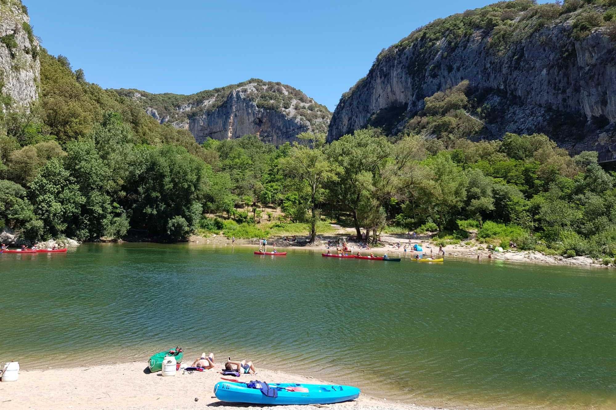 domaine sevenier camping decouvert vallons pont arc 1 - Surroundings